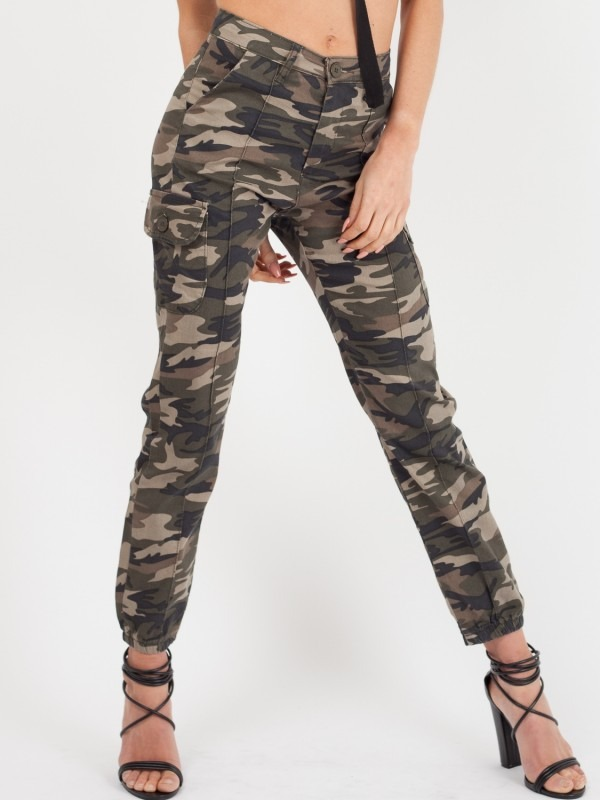 Camouflage Cuffed Hem Cargo Trousers
