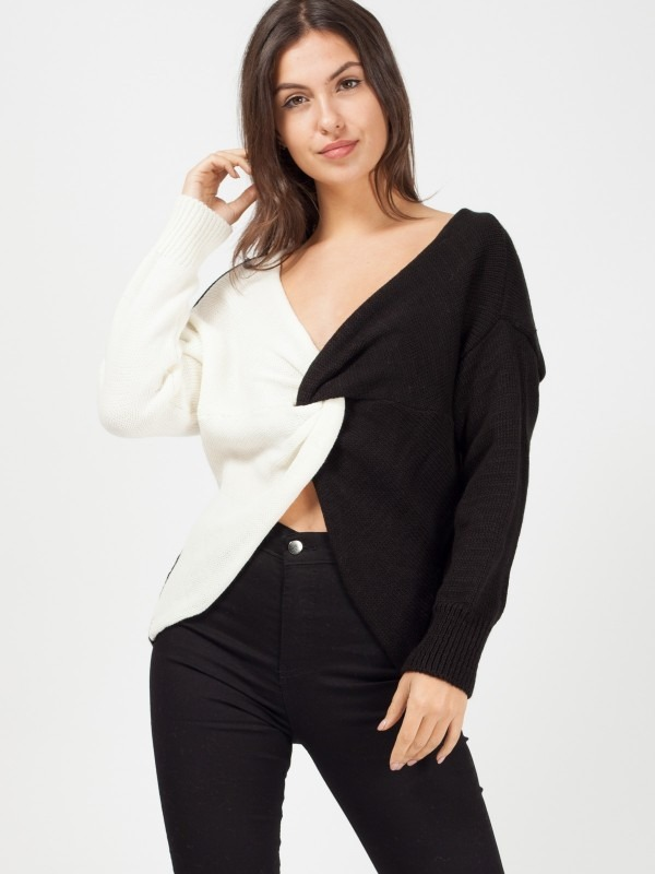 Contrast Twist Front Knitted Jumper